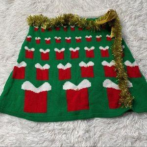 Derek Heart | Green Holiday Skirt with Tinsel